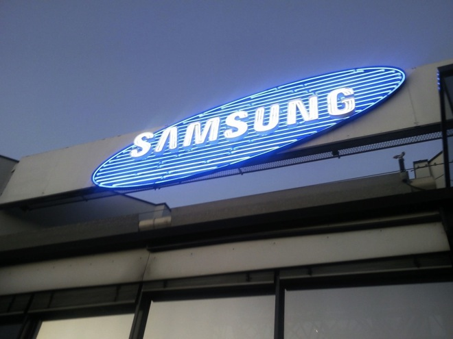 Samsung Galaxy S5 to go with OIS camera; will say goodbye to plastic body, says rumor